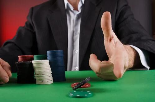 【6updh】德州扑克中最常见的10类扑克错误(一)