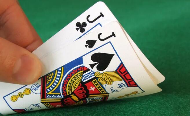 【PokerStars】德扑策略 | 翻牌圈出现一张高牌 JJ应该如何游戏?
