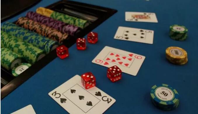 【PokerStars】扑克中的压榨和反压榨