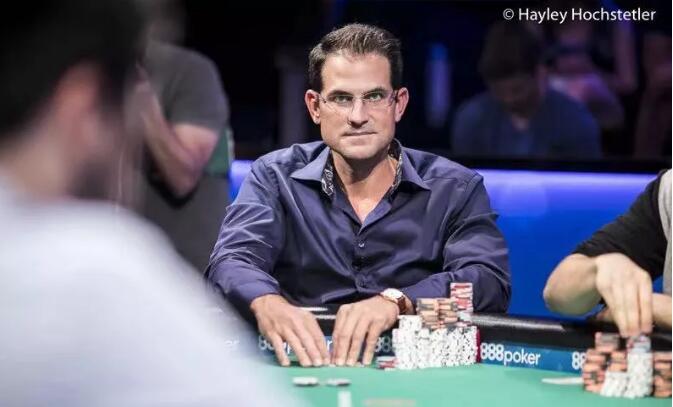 """【PokerStars】Adams在挑战赛中认输 """"野人""""将成为Galdfond的下一个对手 DanSmith为阿富汗难民危机捐款15W美元"""