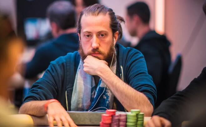 【PokerStars】对手河牌圈加注诈唬,西安小周会中招吗 | 牌局分析