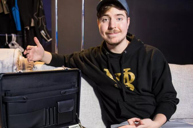 【PokerStars】Phil Hellmuth单挑再次失利 这次输给了网红……