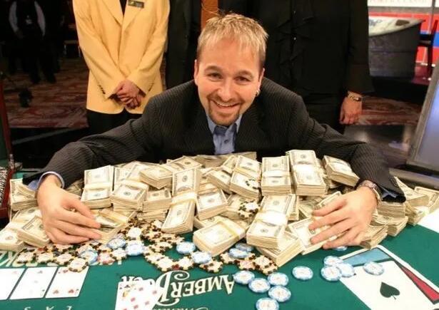 【PokerStars】打现场扑克到底能挣多少钱?真相远比你想象中残酷